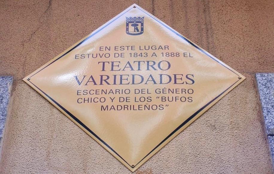 Placa incendio Teatro Novedades