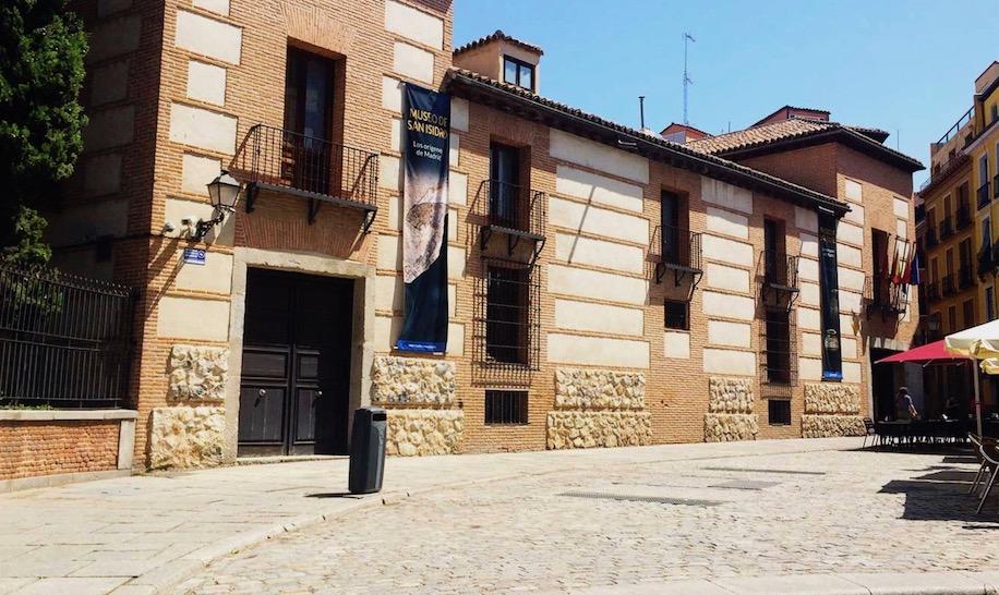Fachada Museo San Isidro