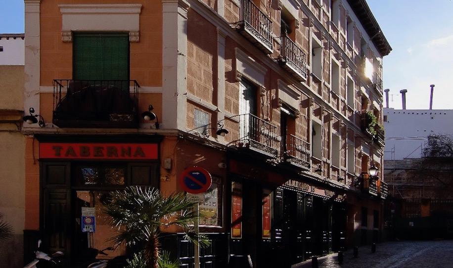 Calle del Almendro Madrid